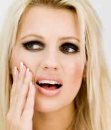 Что делать, если ноет зуб?