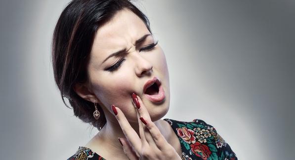 неприятный запах изо рта после родов