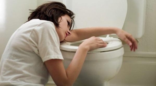Рвотный рефлекс при чистке зубов: что делать?