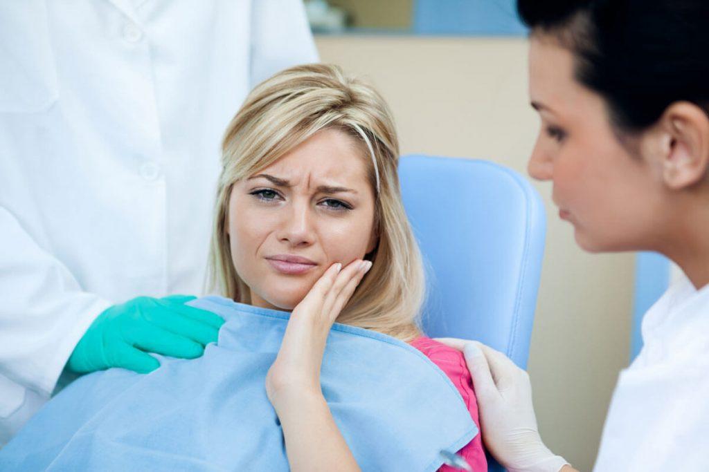 Когда болит зуб у беременной что делать