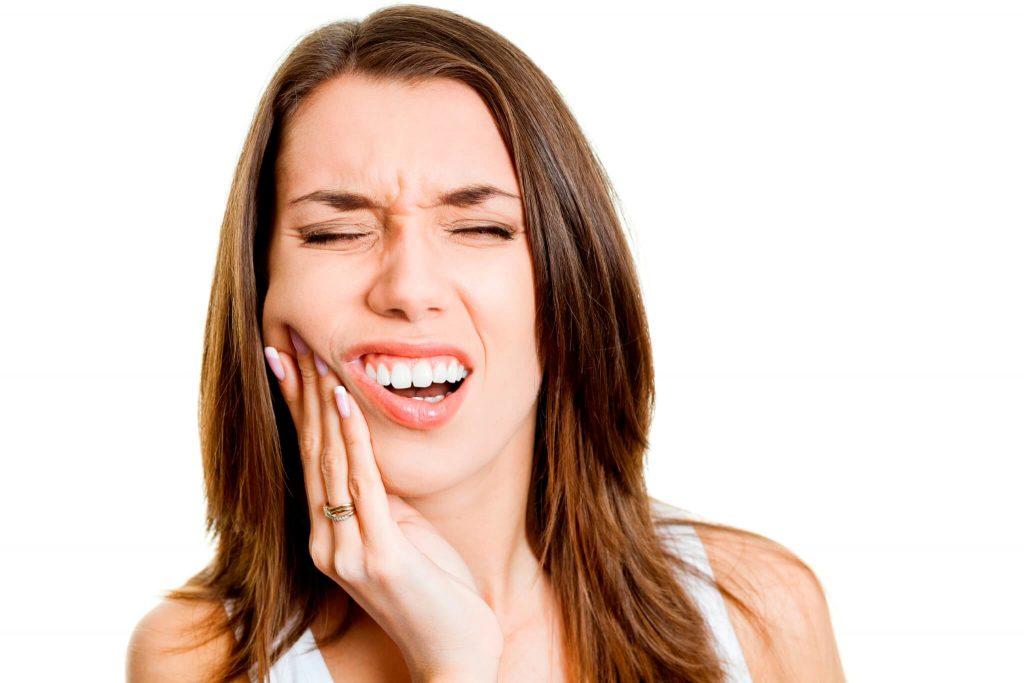 Опухла щека, вырвали зуб - что делать?