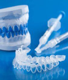 Отбеливающие зубные капы