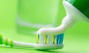 Зубные пасты для чувствительных зубов