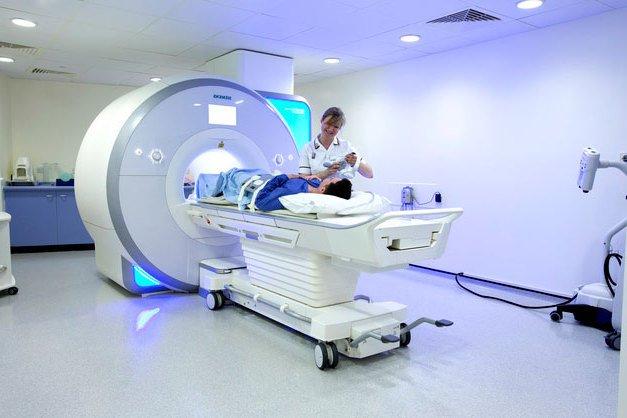 Можно ли делать МРТ с имплантами?