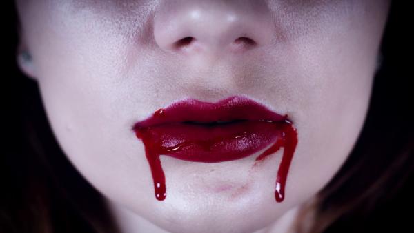 Если вам приснилось, что рот полон стекла, — ждите неприятностей.