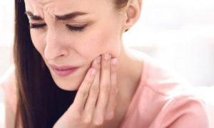 Ушиб челюсти - что делать?